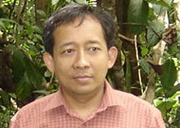 Dr Edi Purwanto